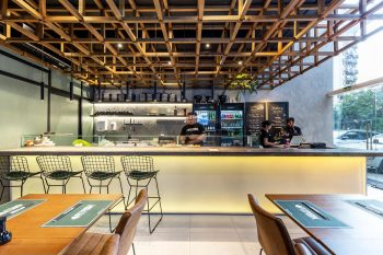Restaurant-FITFISH-Studio-Bloco-Arquitetura-Marcelo-Donadussi-07