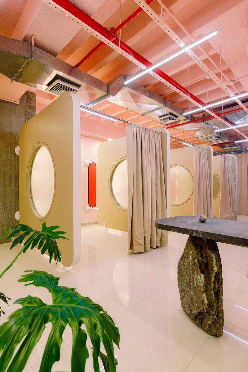 2020-A-Spa-Odyssey-Atelier-Caracas-Saul-Yuncoxar-Catalina-Quintana-02