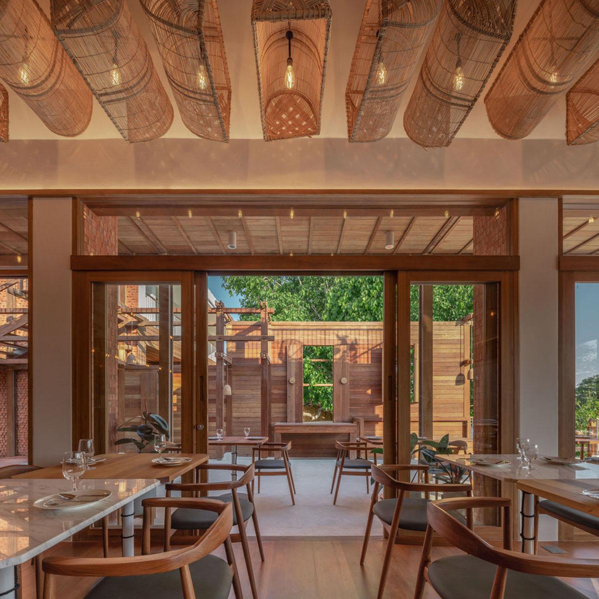 Baan-Pomphet-Hotel-Restaurant-onion-Wison-Tungthumya-06