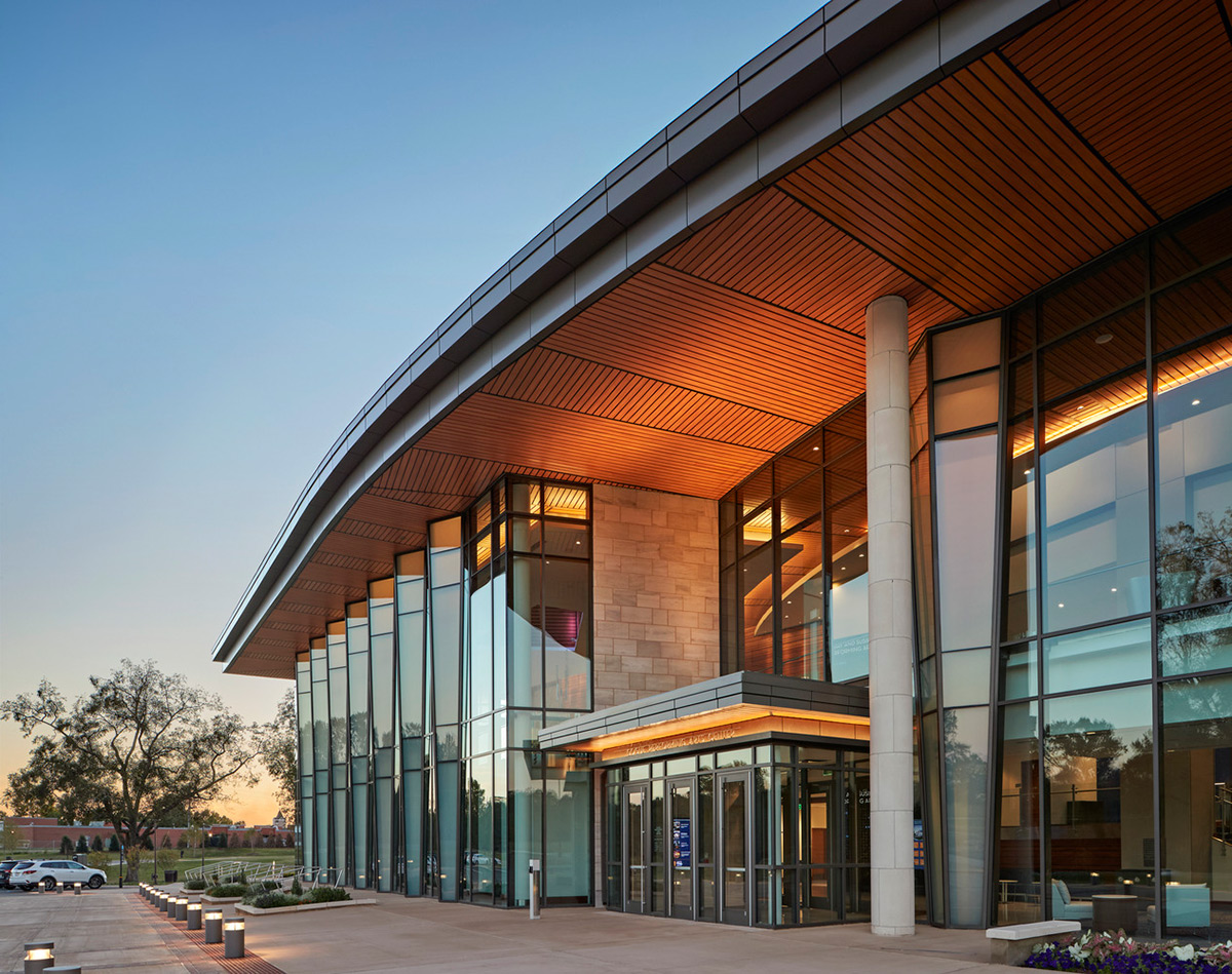 Jay-Susie-Gogue-Performing-Arts-Center-Wilson-Butler-Architects-02