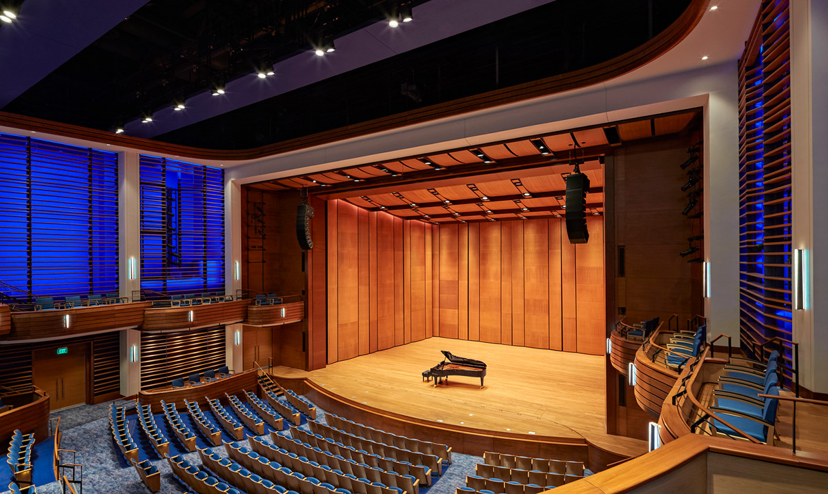 Jay-Susie-Gogue-Performing-Arts-Center-Wilson-Butler-Architects-06