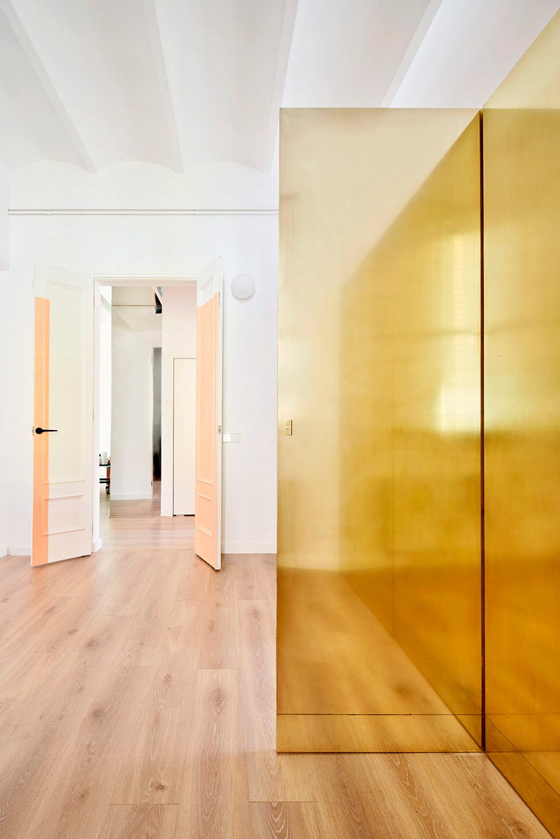Magic-Box-Apartment-Raul-Sanchez-Architects-Jose-Hevia-03