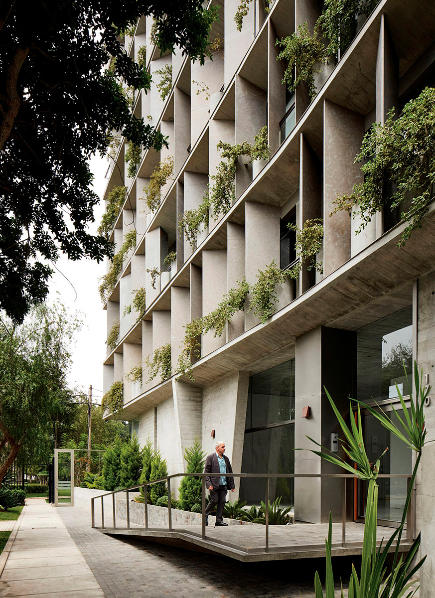 Apartamentos-UN-Park-Barclay-Crousse-Cristobal-Palma-02
