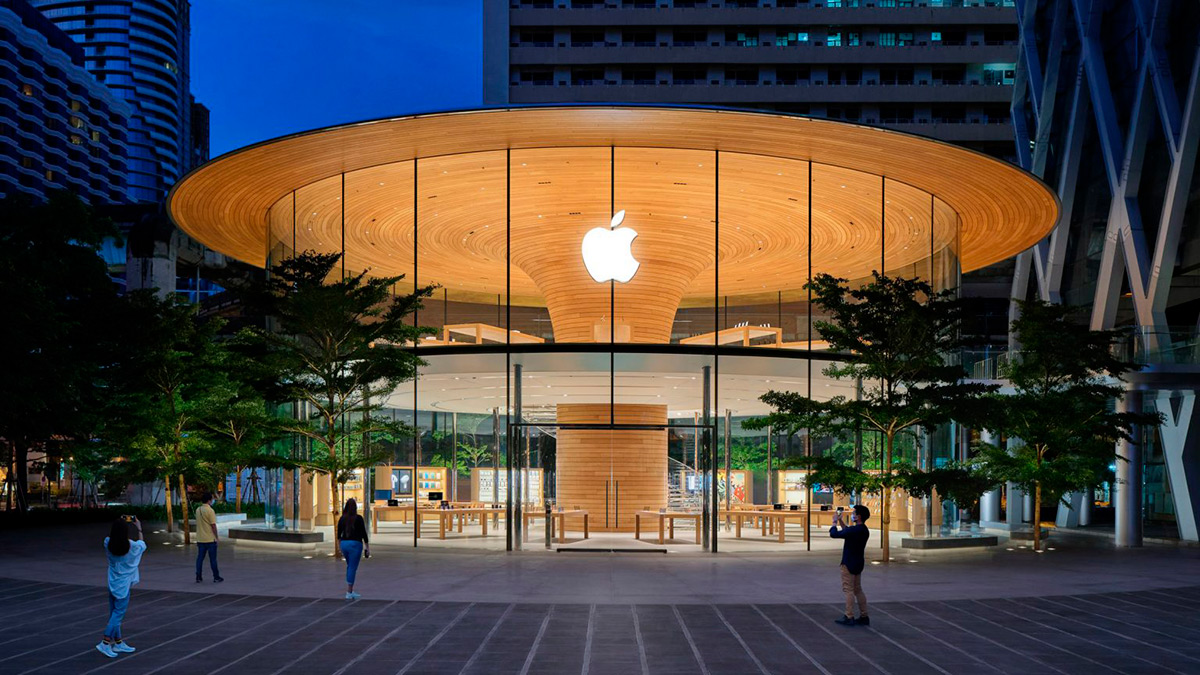 Apple-Central-World-Foster-Partners-Bear-Terry-01