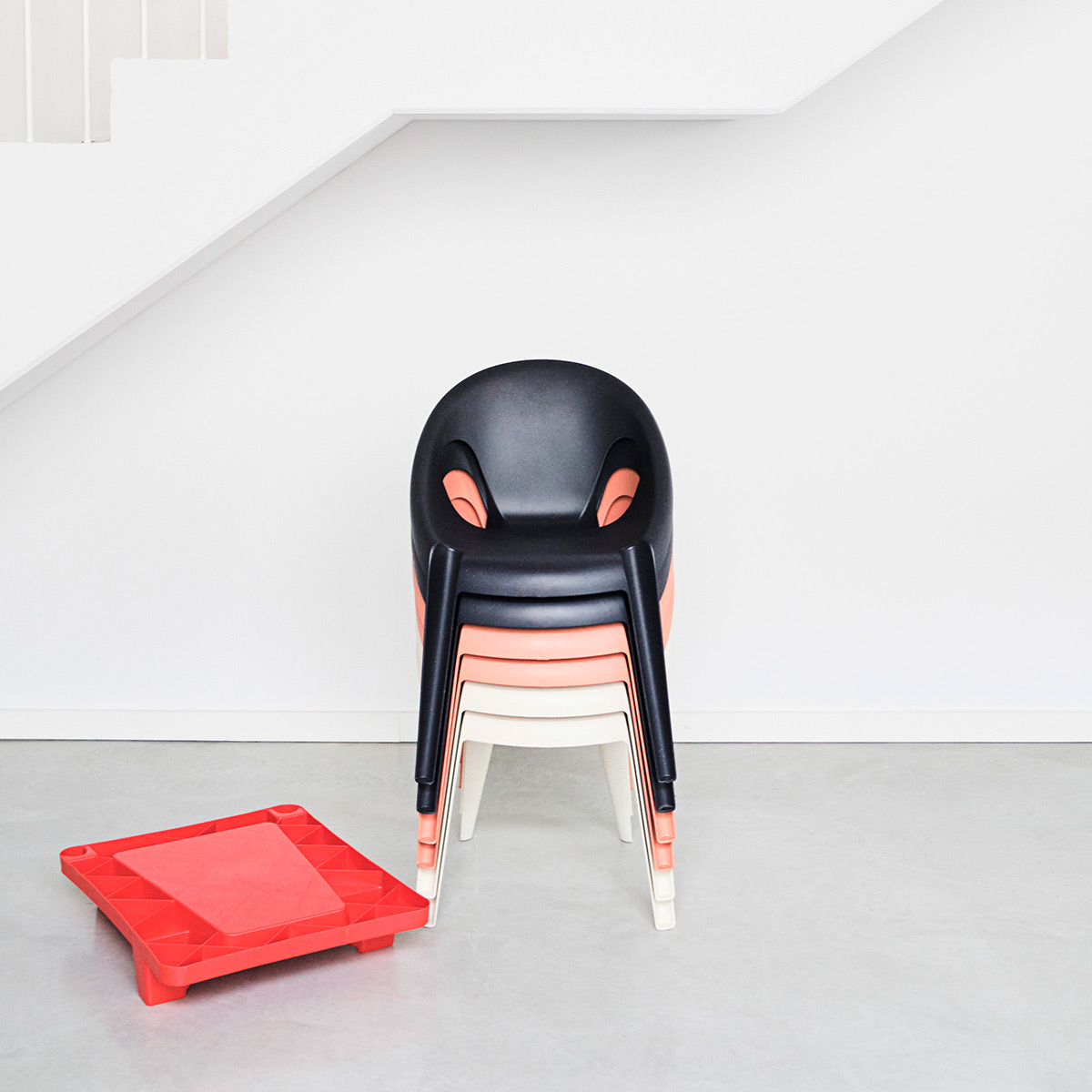 Belle-chair-Konstantin-Grcic-Magis-03