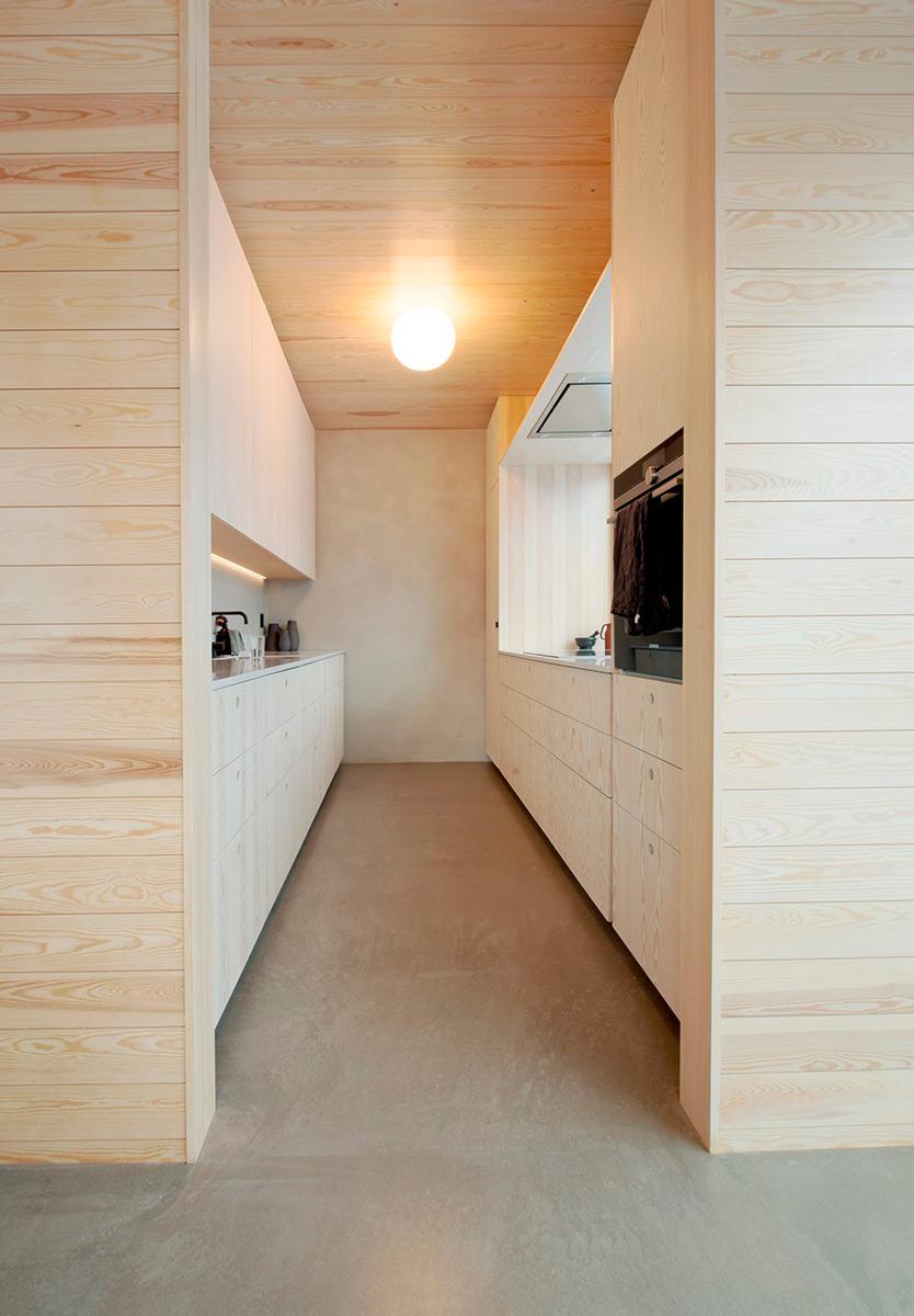 House-in-Red-Concrete-Sanden-Hodnekvam-Arkitekter-06