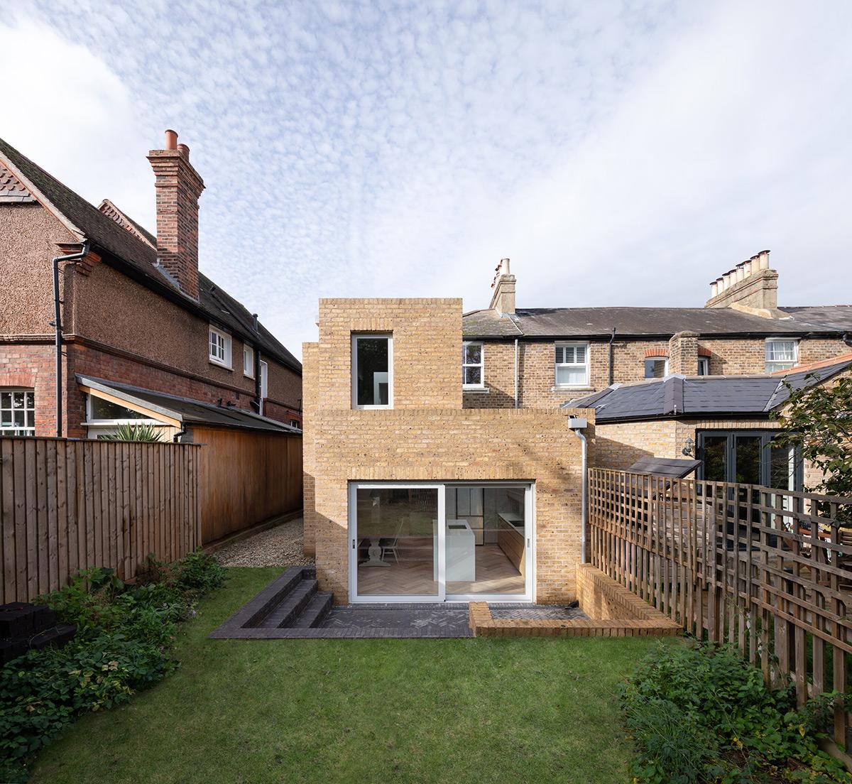 Step-House-Grey-Griffiths-Architects-Adam-Scott-02
