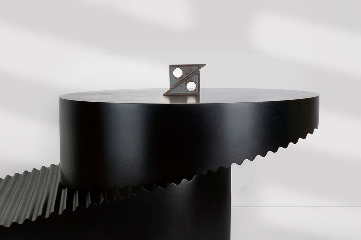 Step-table-Erika-Cross-02