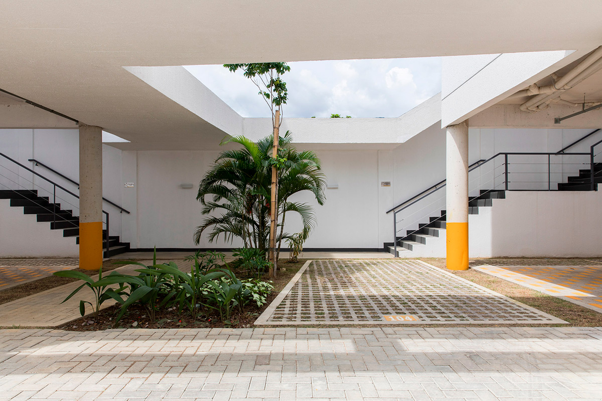 Manga-Vila-Santa-Thereza-Laurent-Troost-Architectures-Maira-Acayaba-04