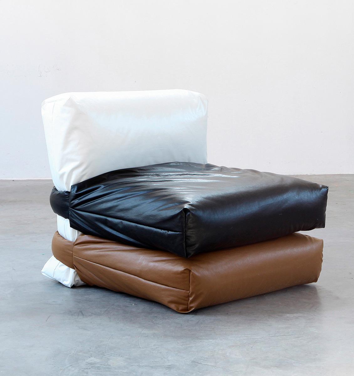 Pillow-Sofa-Muller-Van-Severen-Kassl-Editions-04