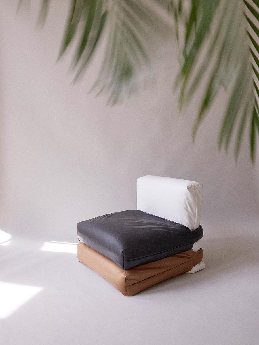 Pillow-Sofa-Muller-Van-Severen-Kassl-Editions-06