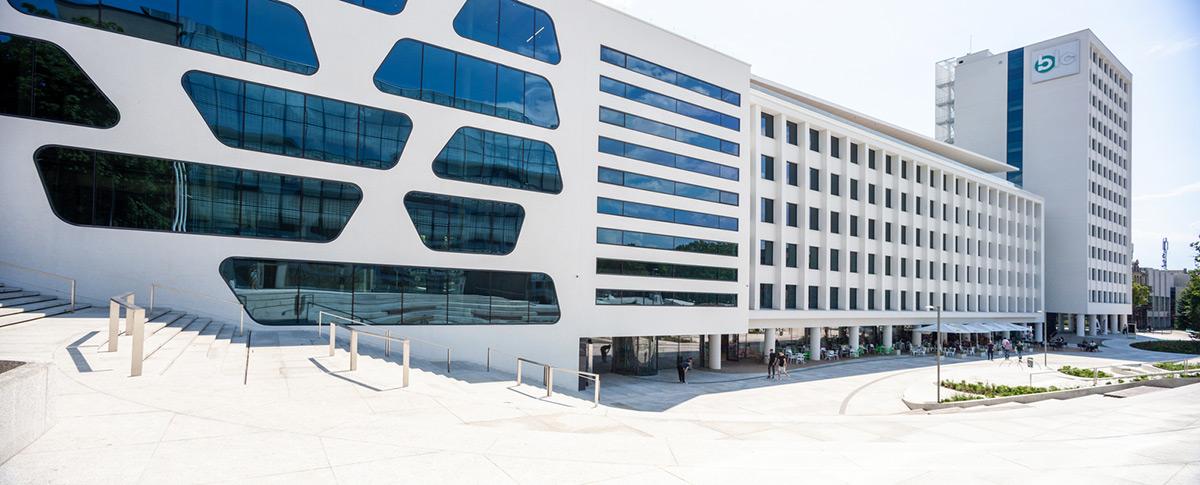 V-Plaza-Urban-Development-3deluxe-Architecture-Norbert-Tukaj-03