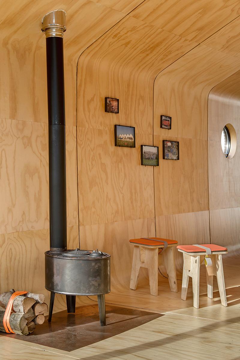 Wikkelhouse-interior-stove_YW_0276