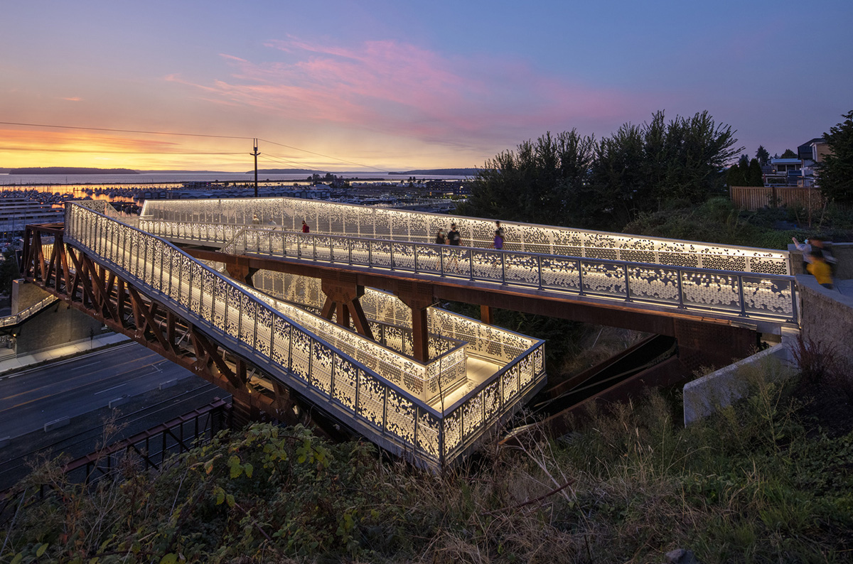 Grand-Avenue-Park-Bridge-LMN-Architects-Adam-Hunter-01