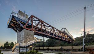 Grand-Avenue-Park-Bridge-LMN-Architects-Adam-Hunter-03