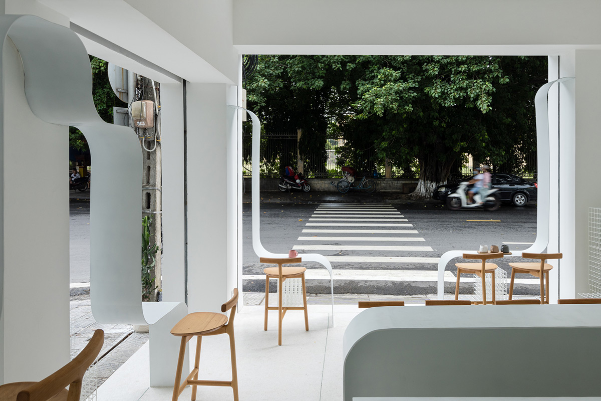 Tiam-Coffee-Shop-Home-Nguyen-Khai-Architects-Associates-Quang-Dam-02