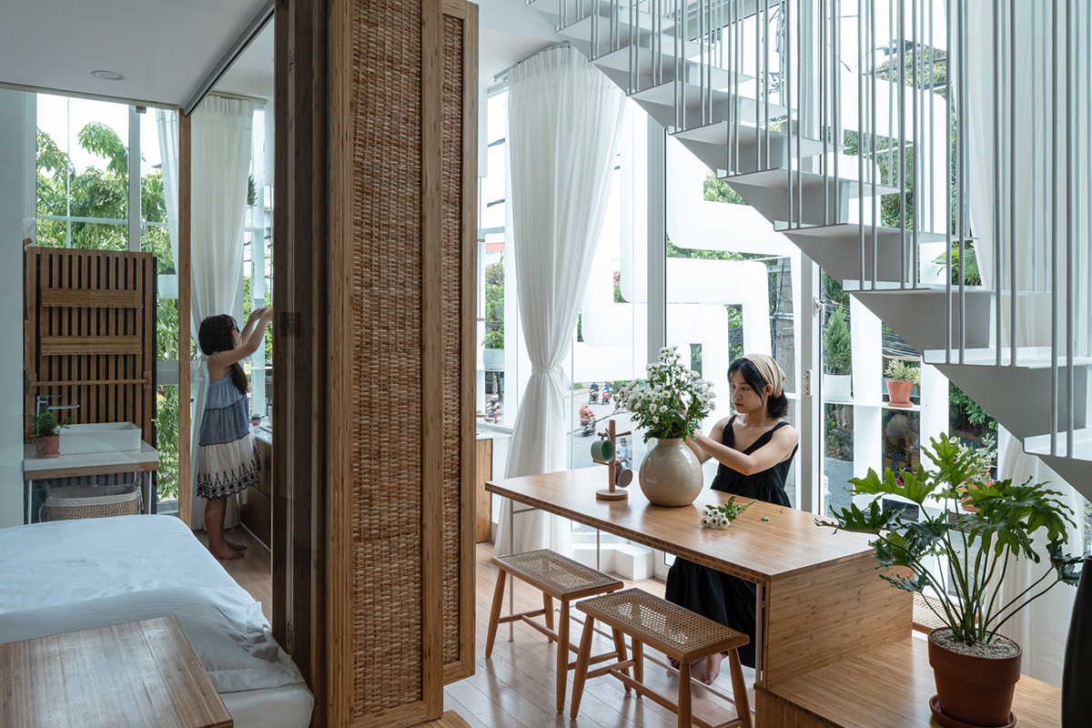 Tiam-Coffee-Shop-Home-Nguyen-Khai-Architects-Associates-Quang-Dam-05