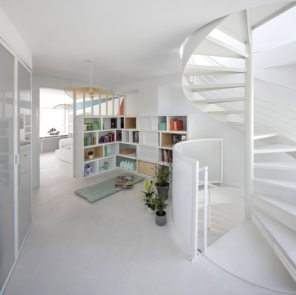 Bergeyre-House-AJILE-Architects-Cecile-Septet-08