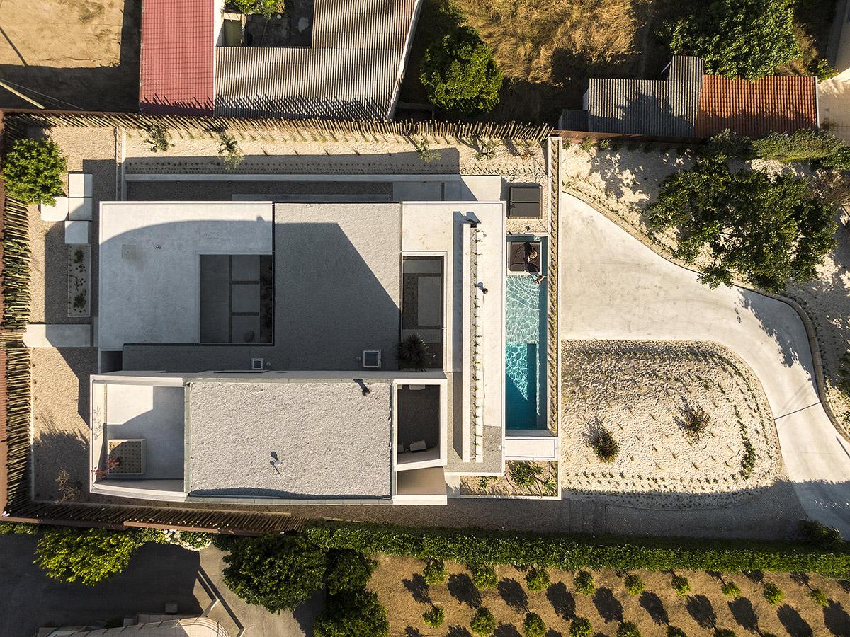 Casa-EV-ARTSPAZIOS-group-Fernando-Guerra-03