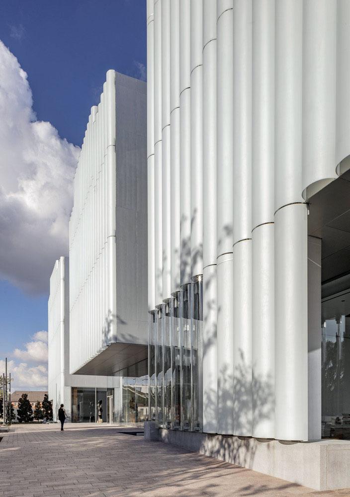 Nancy-Rich-Kinder-Museum-Steven-Holl-Architects-Richard-Barnes-04
