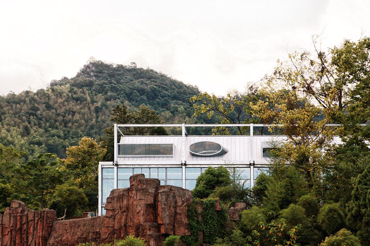 Ten-Times-Hotel-Monolith-Architects-Lei-Mao-01