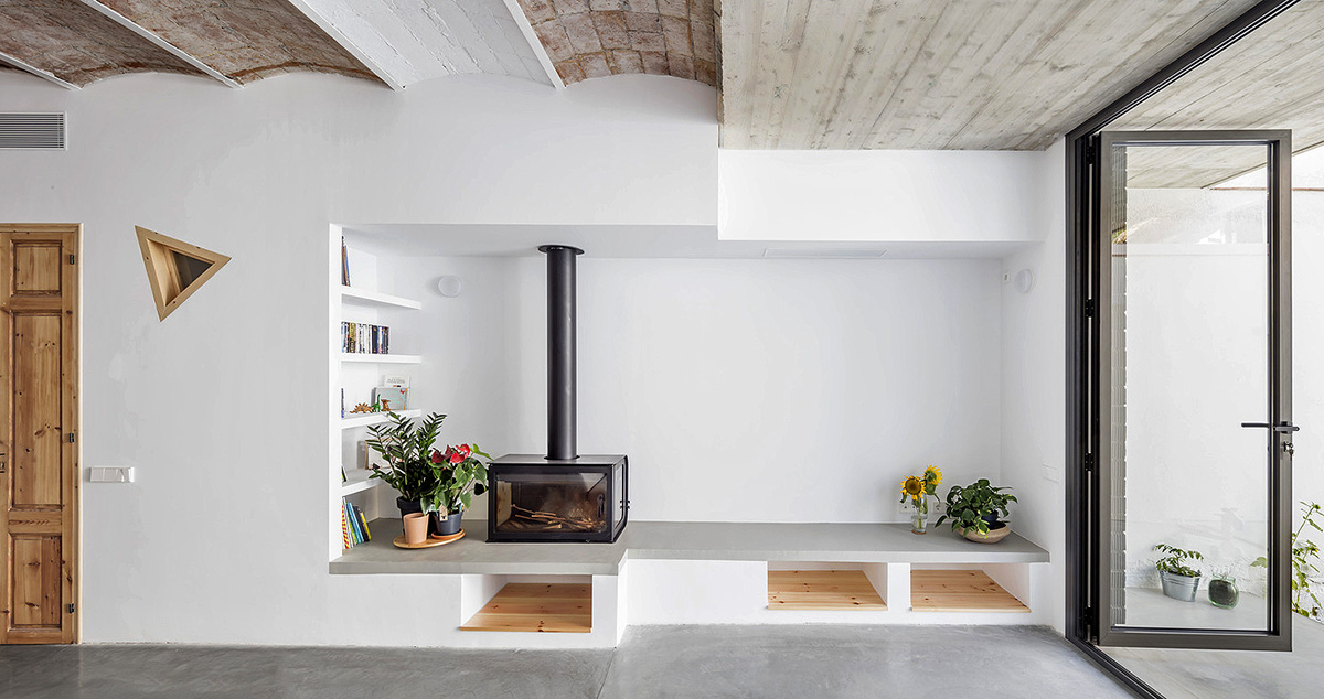 Casa-Casernes-CAVAA-Arquitectes-Adria-Goula-03