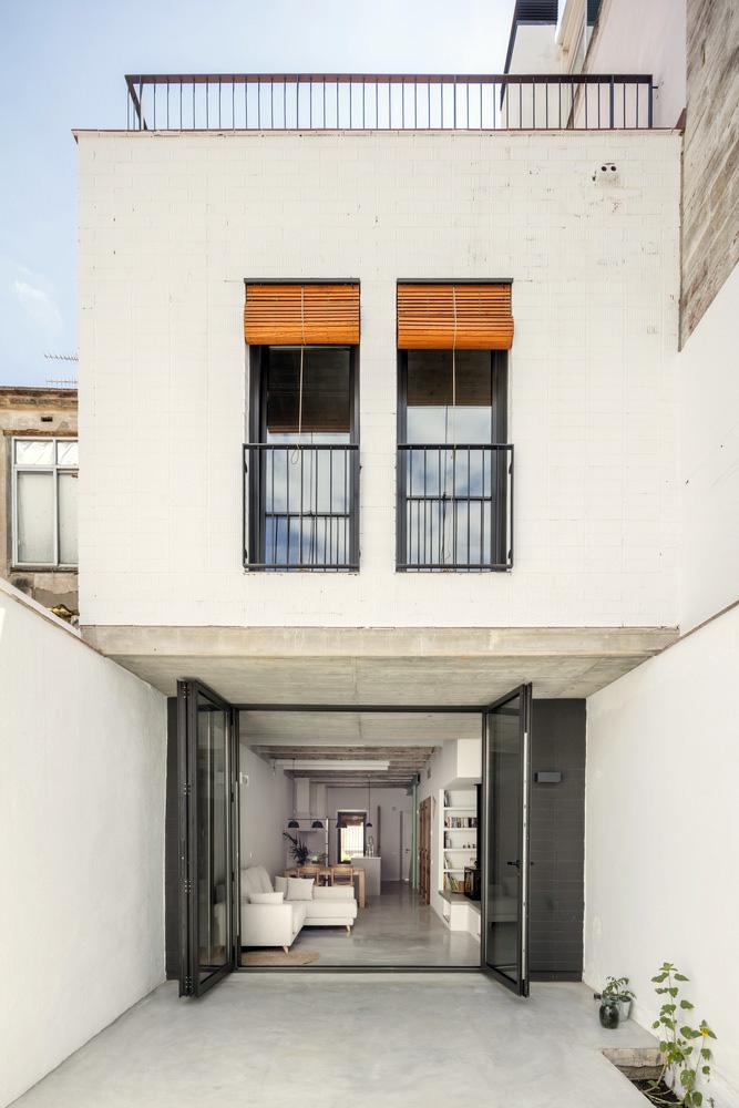 Casa-Casernes-CAVAA-Arquitectes-Adria-Goula-09
