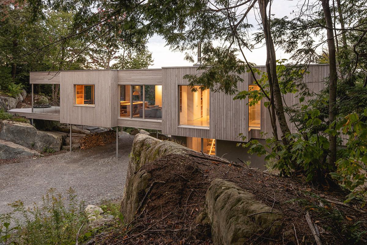 Forest-House-Natalie-Dionne-Architecture-Raphael-Thibodeau-02
