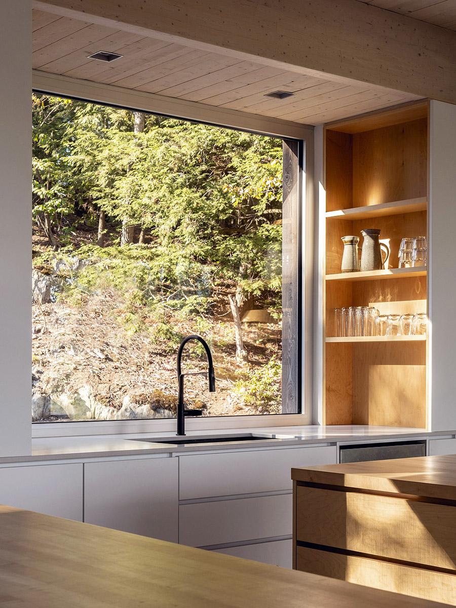 Forest-House-Natalie-Dionne-Architecture-Raphael-Thibodeau-05