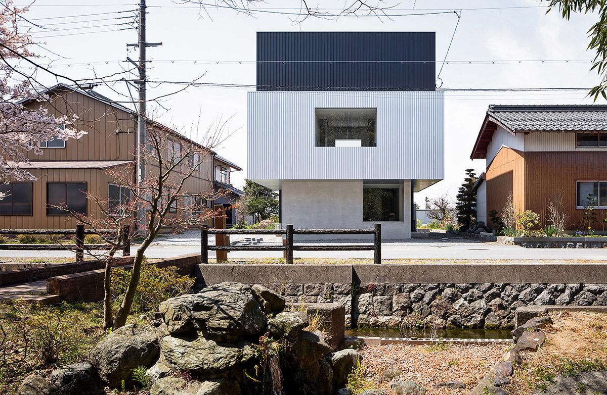 Frame-House-FORM-Kouichi-Kimura-Architects-Norihito-Yamauchi-01