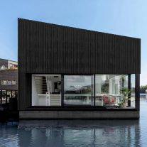Floating-Home-i29-Ewout-Huibers-01