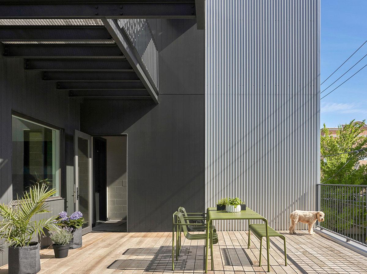 2016-West-Rice-Residences-Vladimir-Radutny-Architects-JC-Buck-Mike-Schwartz-04