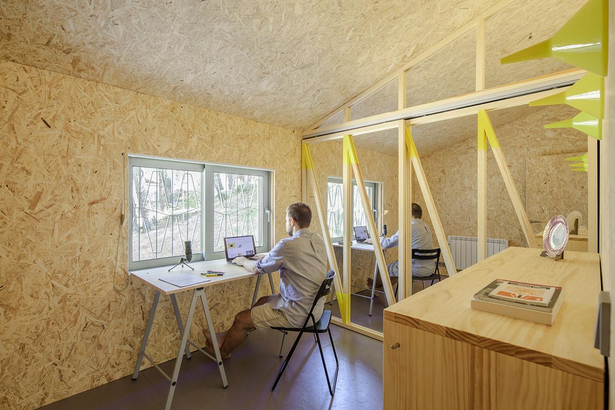 Cabana-sinantro-amor-morada-tele-trabajo-Husos-Architects-Impresiones-cotidianas-02