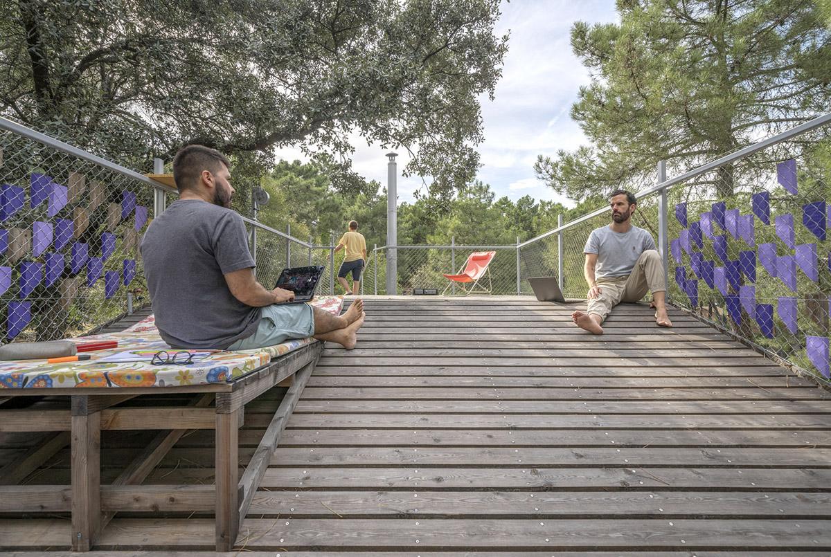 Cabana-sinantro-amor-morada-tele-trabajo-Husos-Architects-Impresiones-cotidianas-03