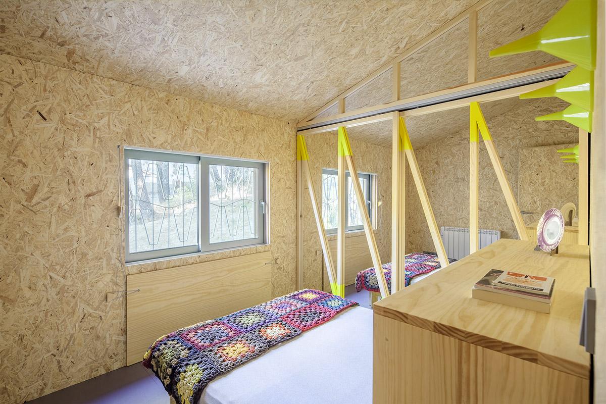 Cabana-sinantro-amor-morada-tele-trabajo-Husos-Architects-Impresiones-cotidianas-06