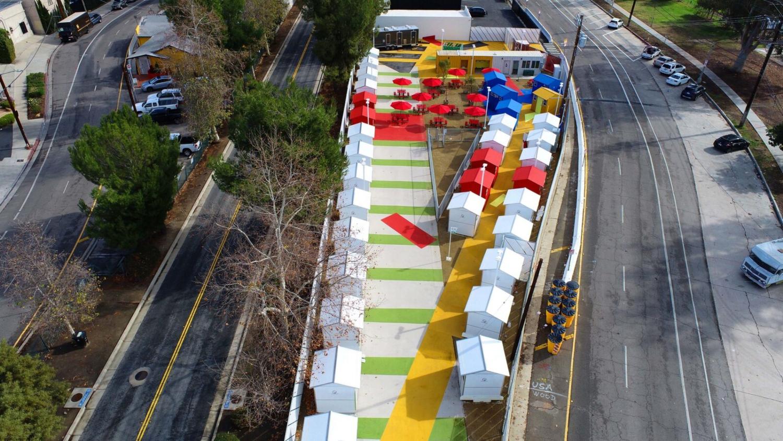 Chandler Boulevard Bridge Home Village-Lehrer architects (2)