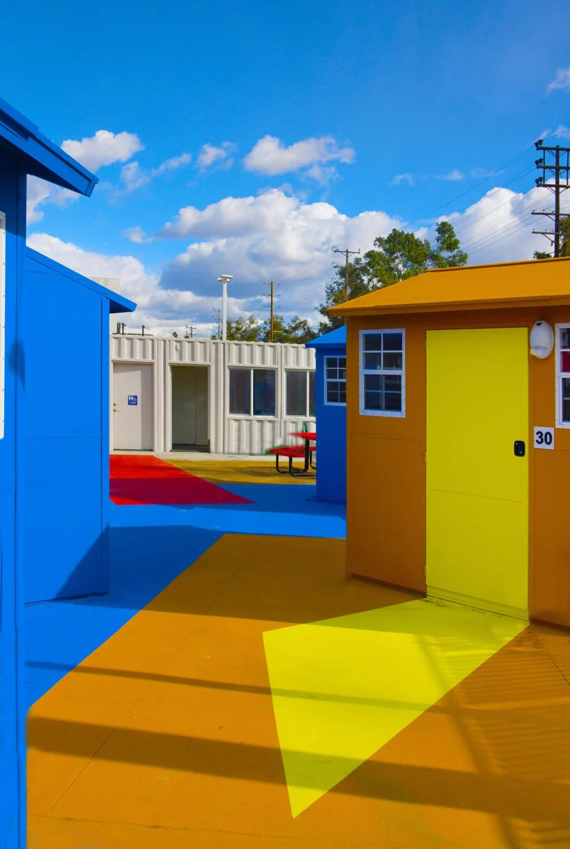 Chandler Boulevard Bridge Home Village-Lehrer architects (5)