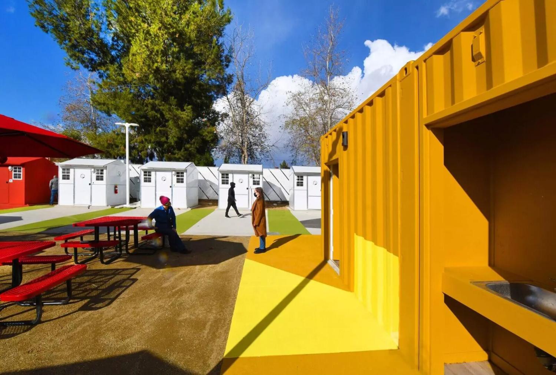 Chandler Boulevard Bridge Home Village-Lehrer architects (6)
