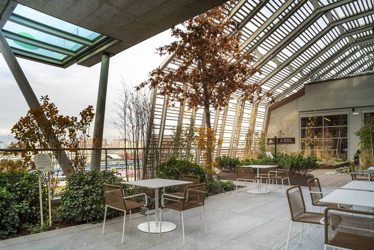Green-Pea-Retail-Park-Acc-Naturale-Architettura-Negozio-Blu-Architetti-03
