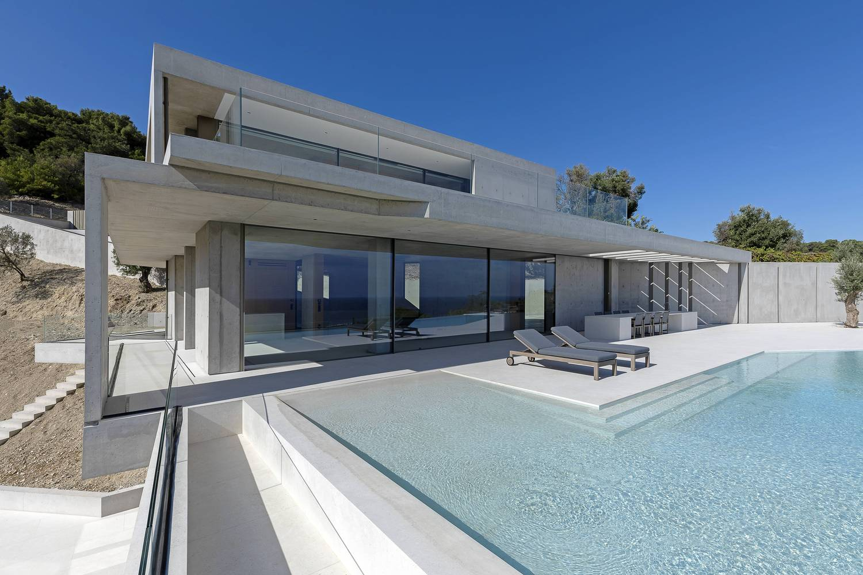 Private House in Kratigos- b-group 3