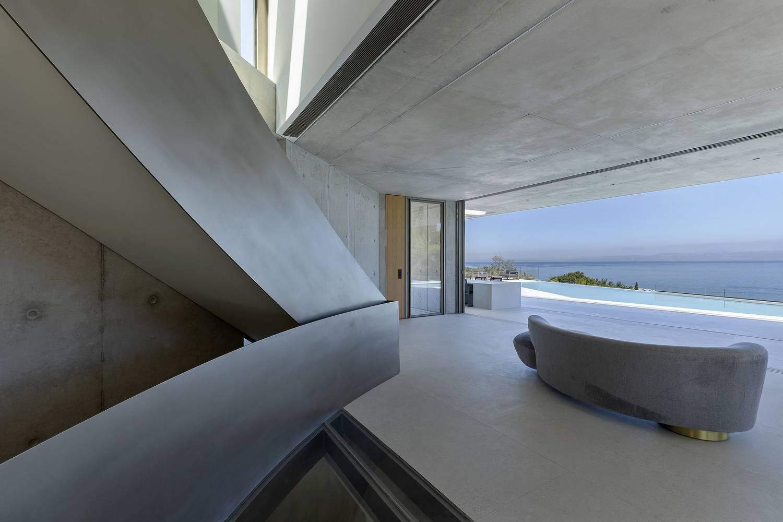 Private House in Kratigos- b-group 8