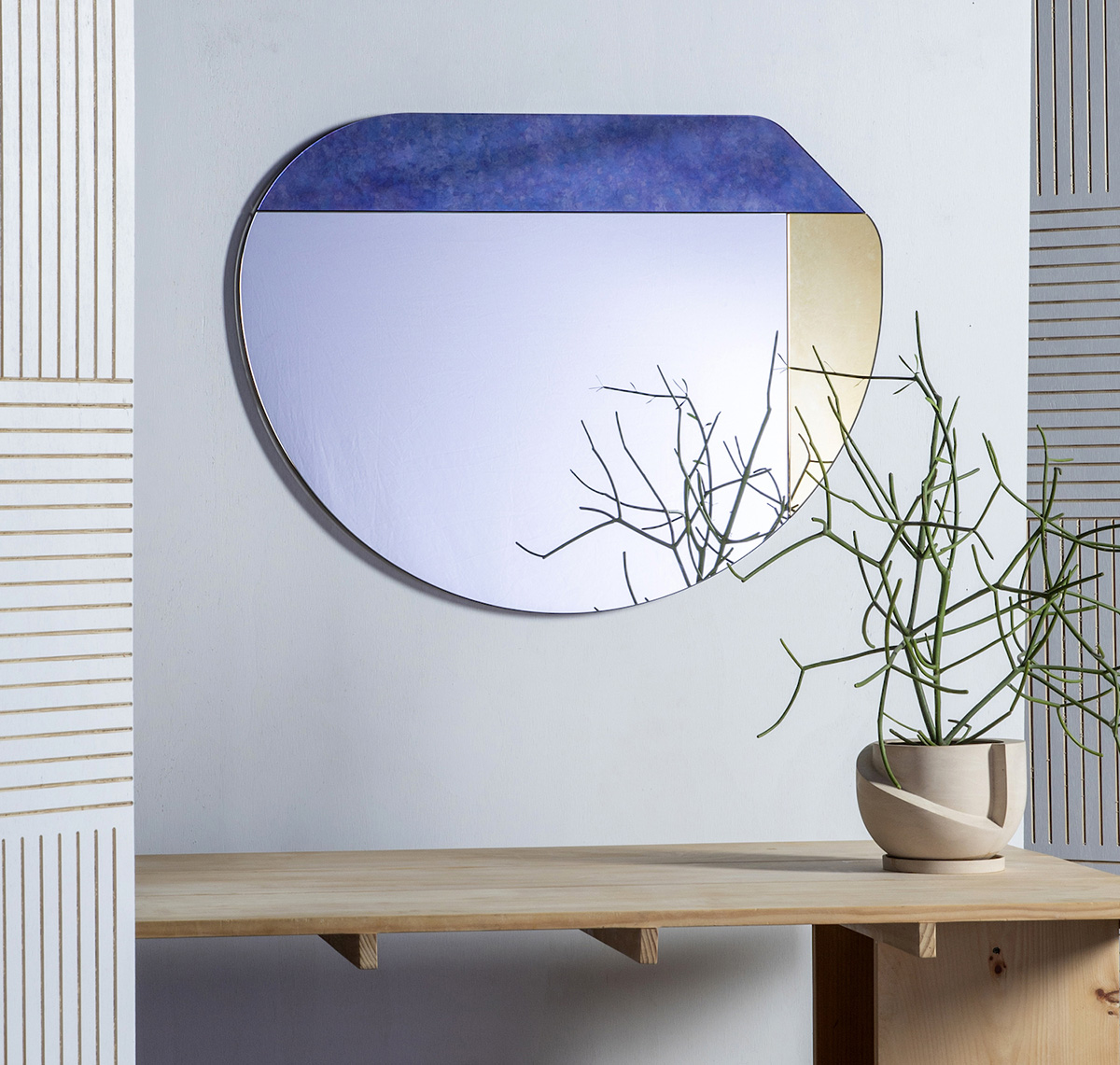Wrong-Geometries-Mirrors-Collective-05