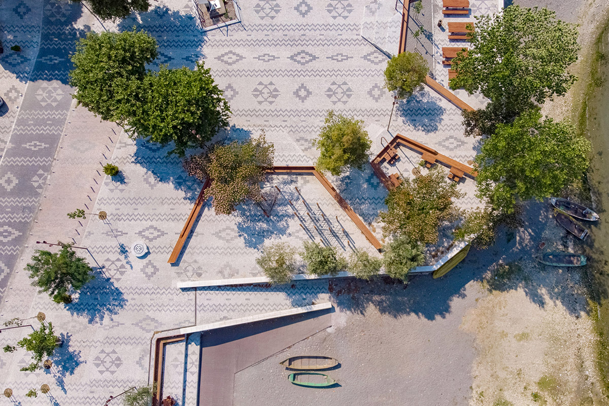 Albanian-Carpet-Casanova-Hernandez-Architects-Ergys-Zhabjaku-02
