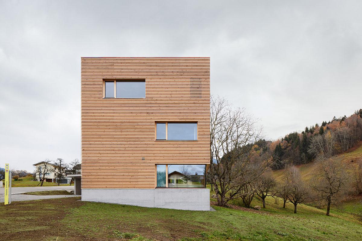 Haus-im-Obstgarten-Firm-Architekten-Adolf-Bereuter-03