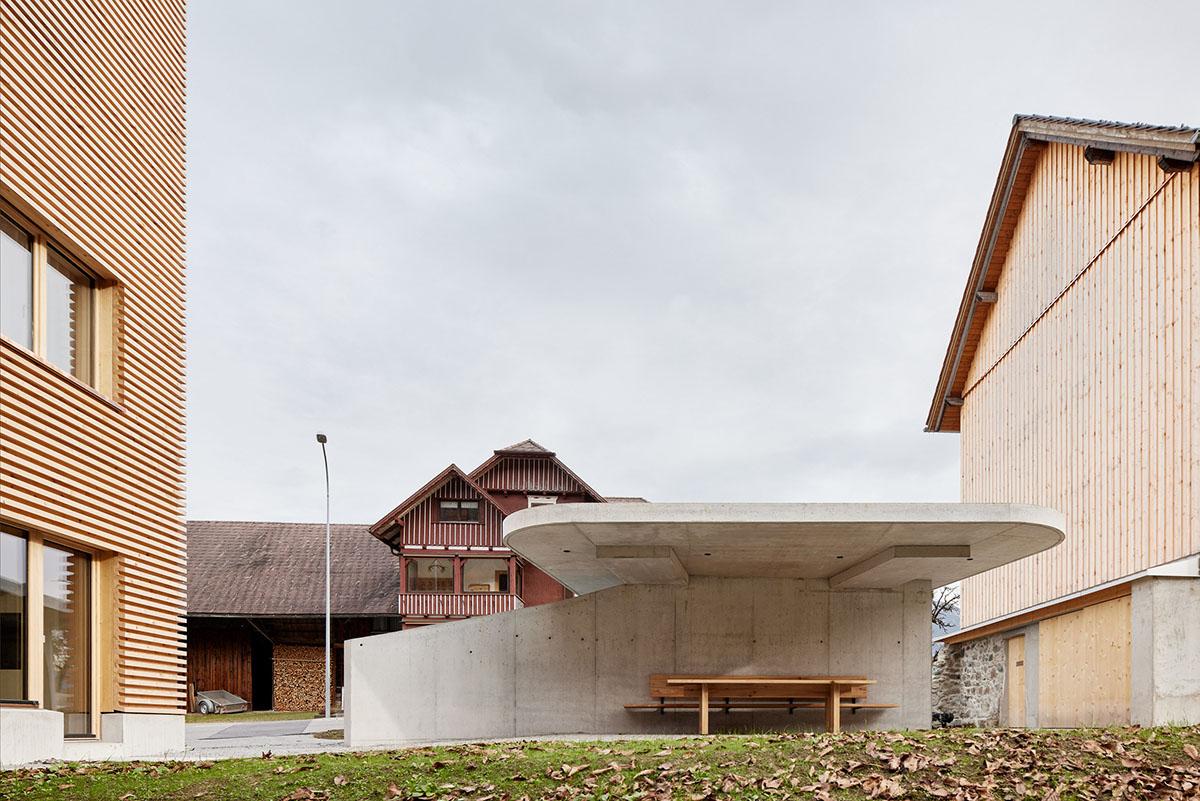 Haus-im-Obstgarten-Firm-Architekten-Adolf-Bereuter-04