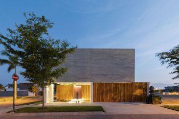 Mocoli House por Orense Arquitectos 07