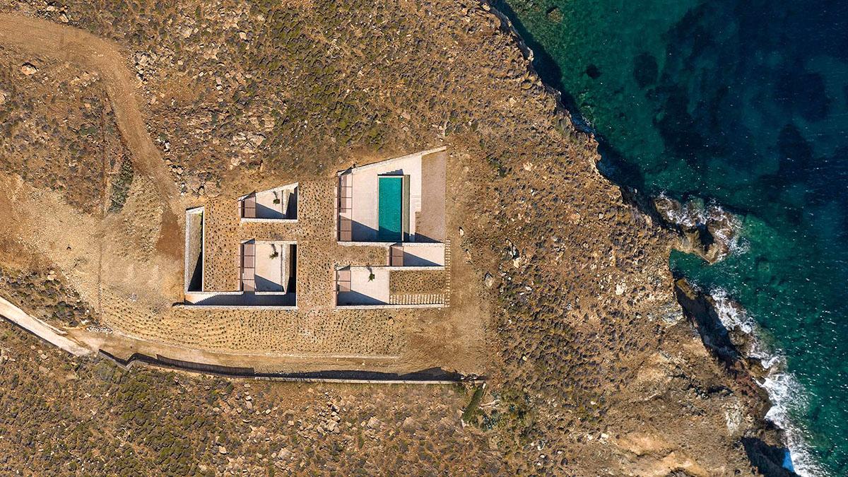 NCaved-House-Mold-Architects-Yiorgis-Yerolympos-01