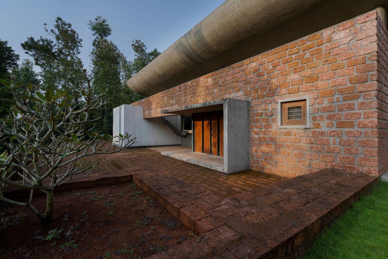 Ovoid House por Greyscale Design Studio 02