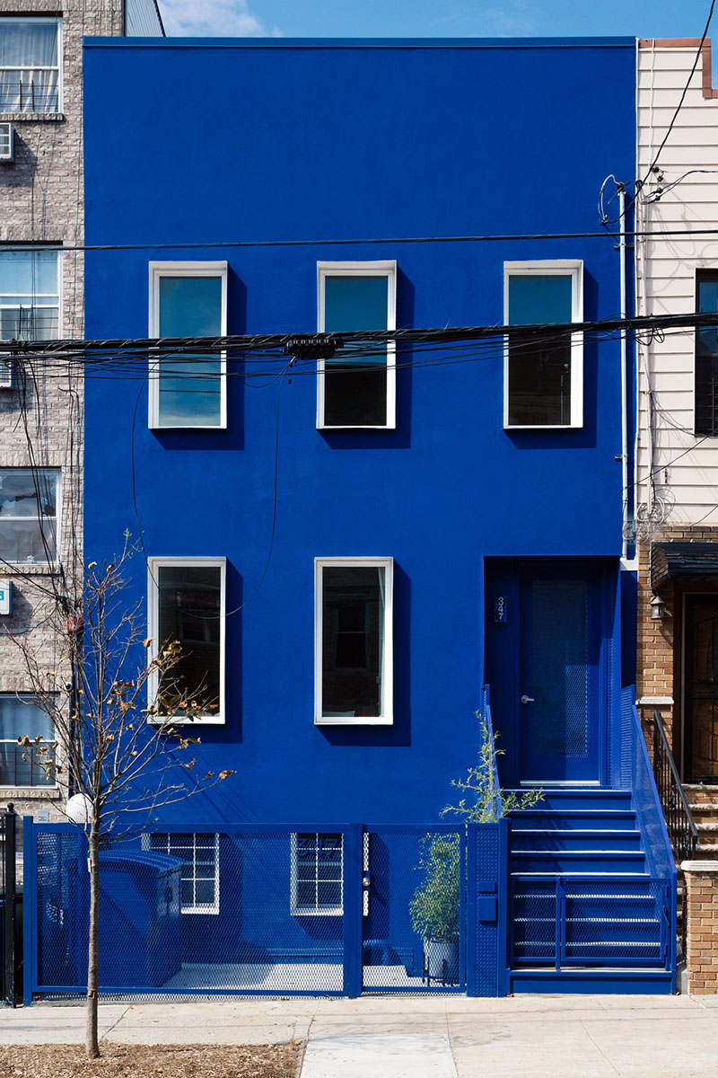 The-Blue-Building-LOT-Office-Architecture-Brian-W-Ferry-01
