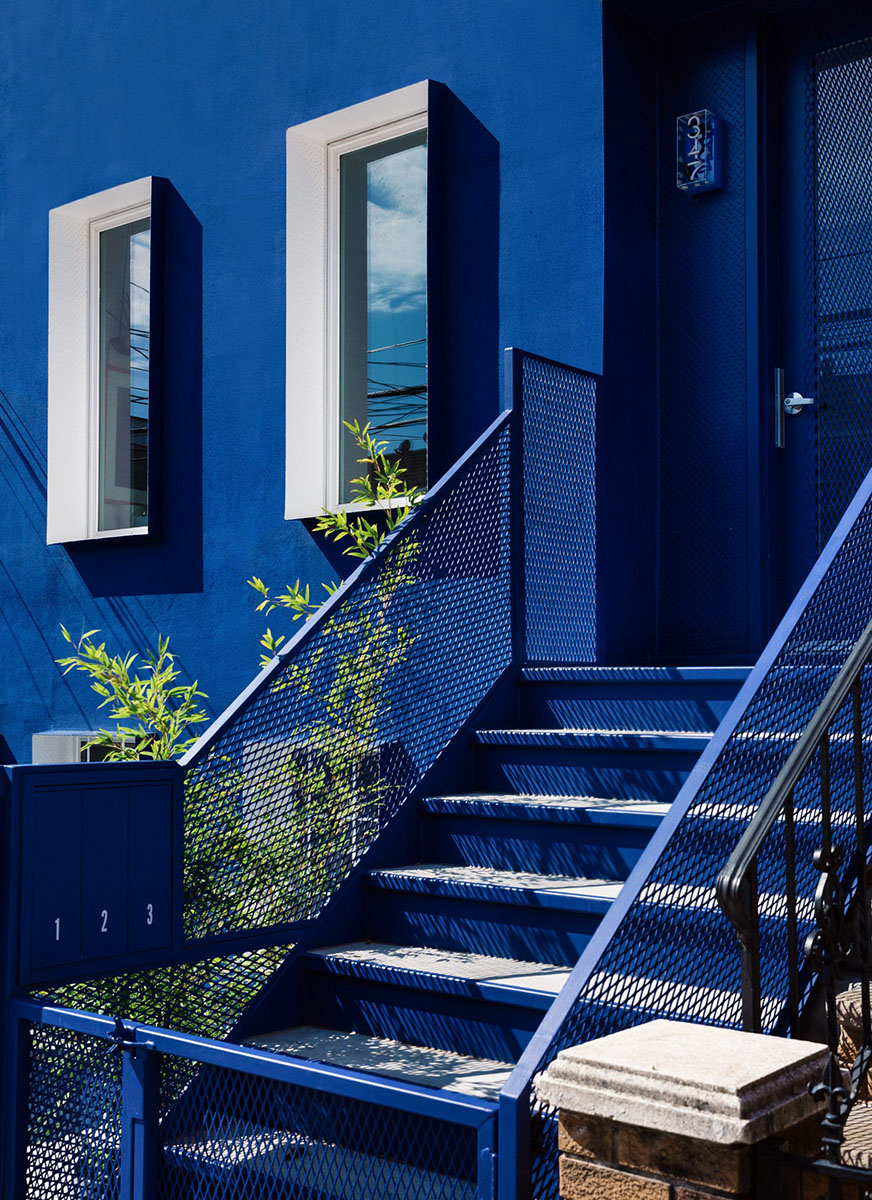 The-Blue-Building-LOT-Office-Architecture-Brian-W-Ferry-02